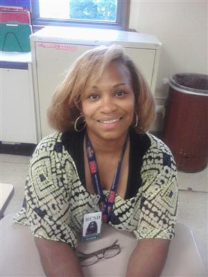 Picture of Ms. Jones-Effah in class